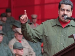 (TeleSur English) Maduro at 2017 year-end military celebration